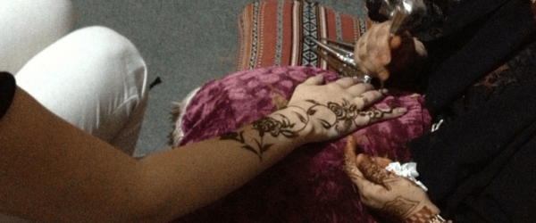 henna painting at Dubai Desert Safari
